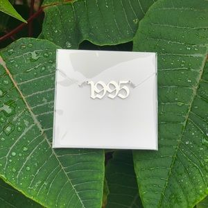 "NEW!! 💚 Birth Year Necklace ""1995"""